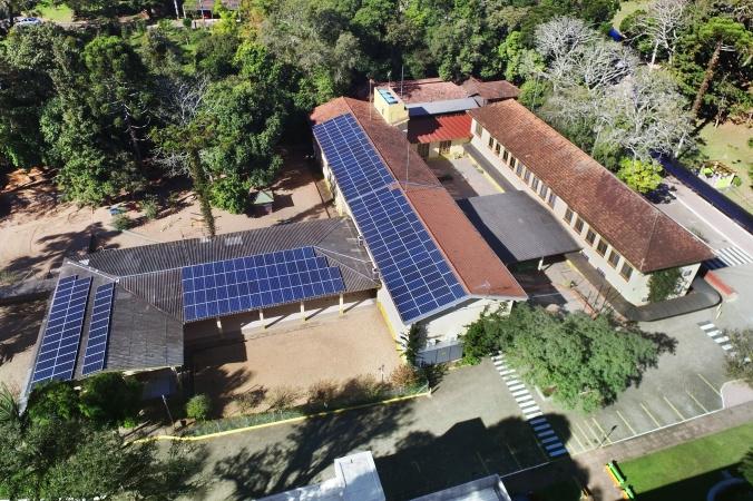 Energia solar em escola pública
