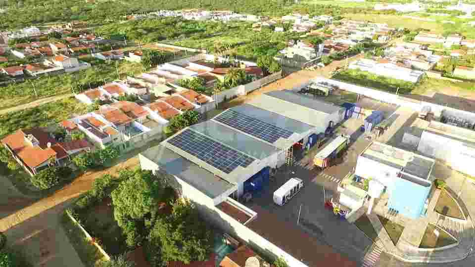 sistemas-de-irrigacao-usando-energia-solar